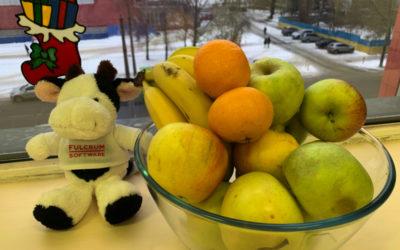 Свежие фрукты в нашем офисе
